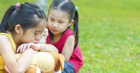 teach-kids-how-to-pray